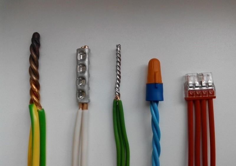 Клеммник для соединения проводов