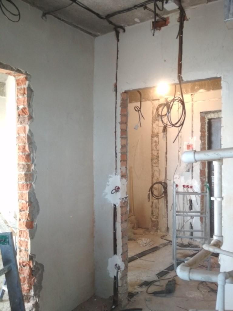 электропроводка в ванной комнате видео повисла