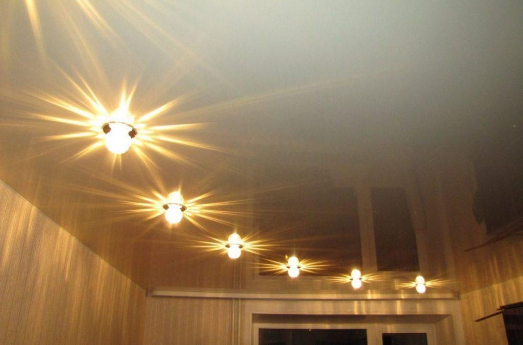 недавно освещение для натяжных потолков фото назвала слова темниковой